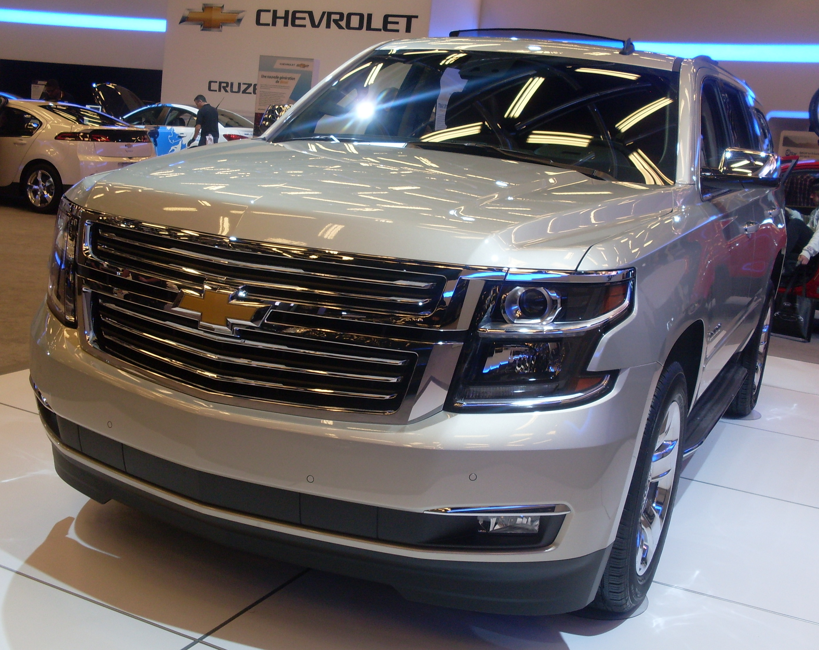 File:'15 Chevrolet Tahoe (MIAS '14).JPG - Wikimedia Commons