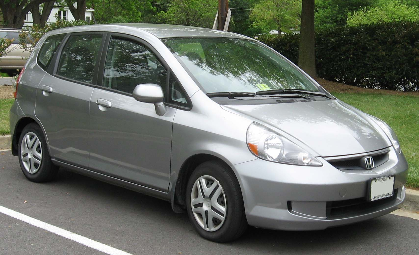 File 07 Honda Fit Base Jpg Wikimedia Commons