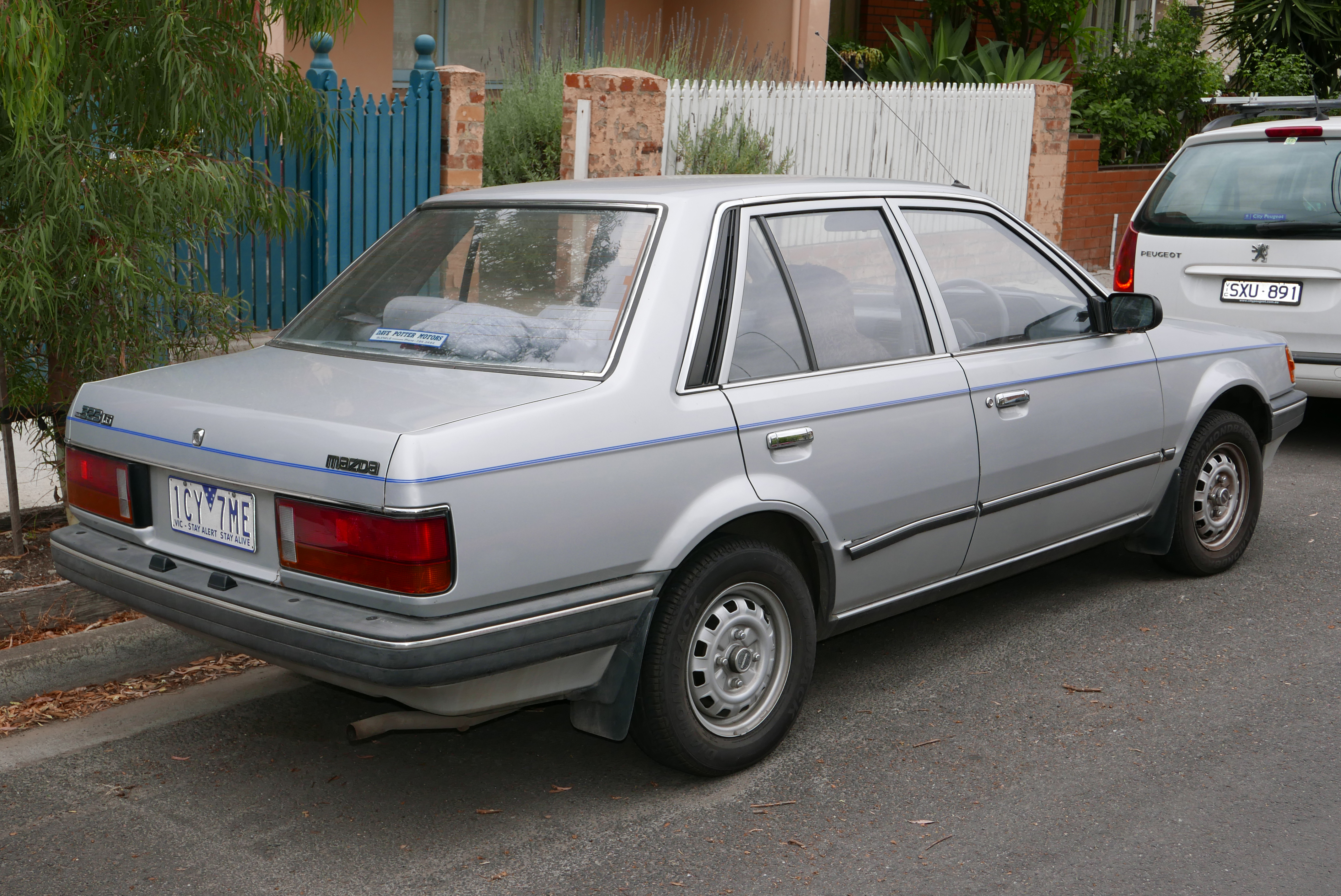 File 1986 Mazda 323 Bf Deluxe Sedan 2016 01 04 02 Jpg Wikimedia Commons