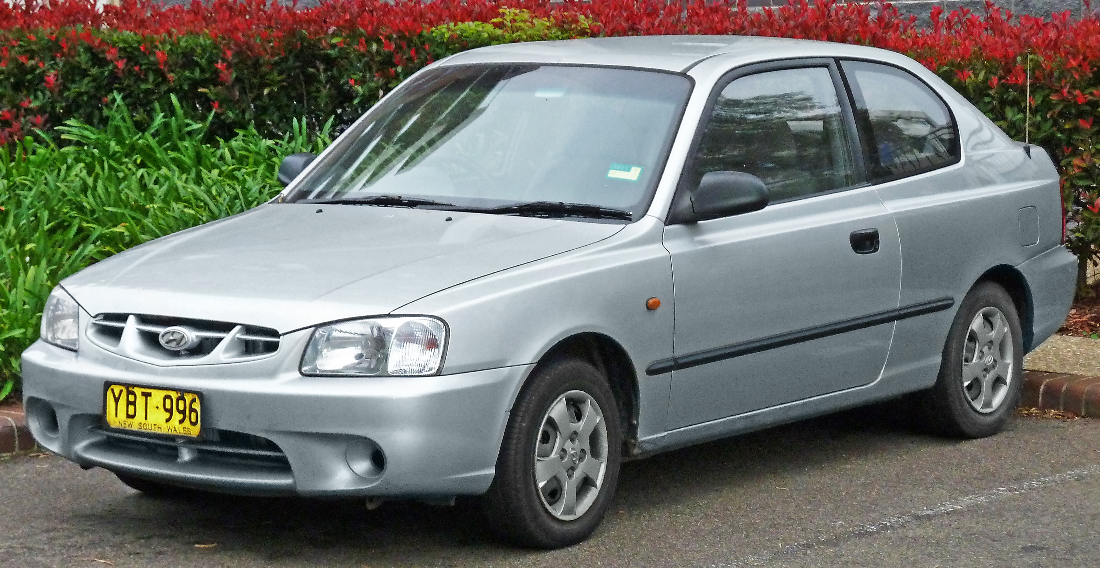 File 2000 2003 Hyundai Accent Lc Gl 3 Door Hatchback 2011 04 22 Jpg Wikimedia Commons