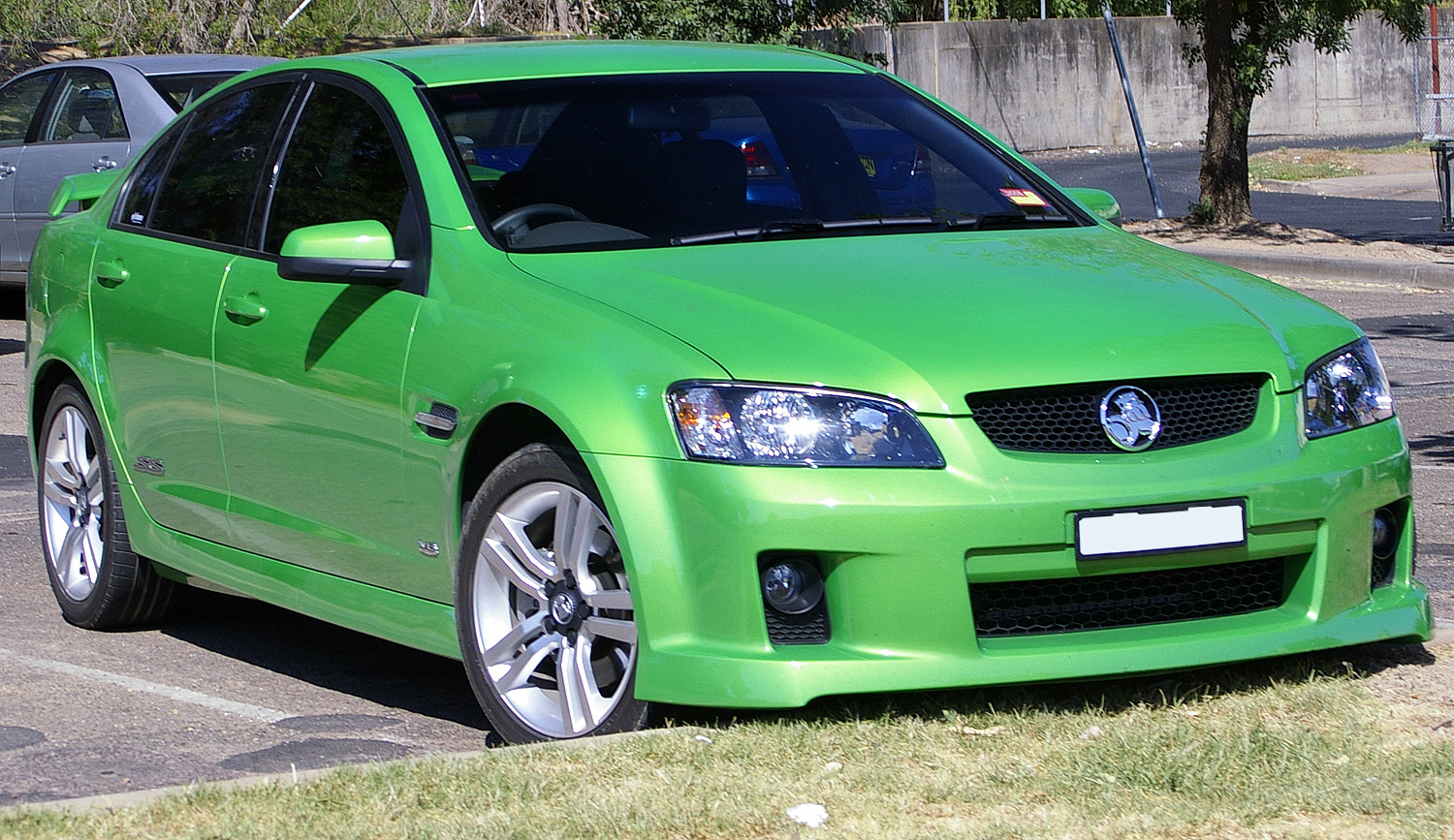 file2008 commodore ss v8jpg wikimedia commons