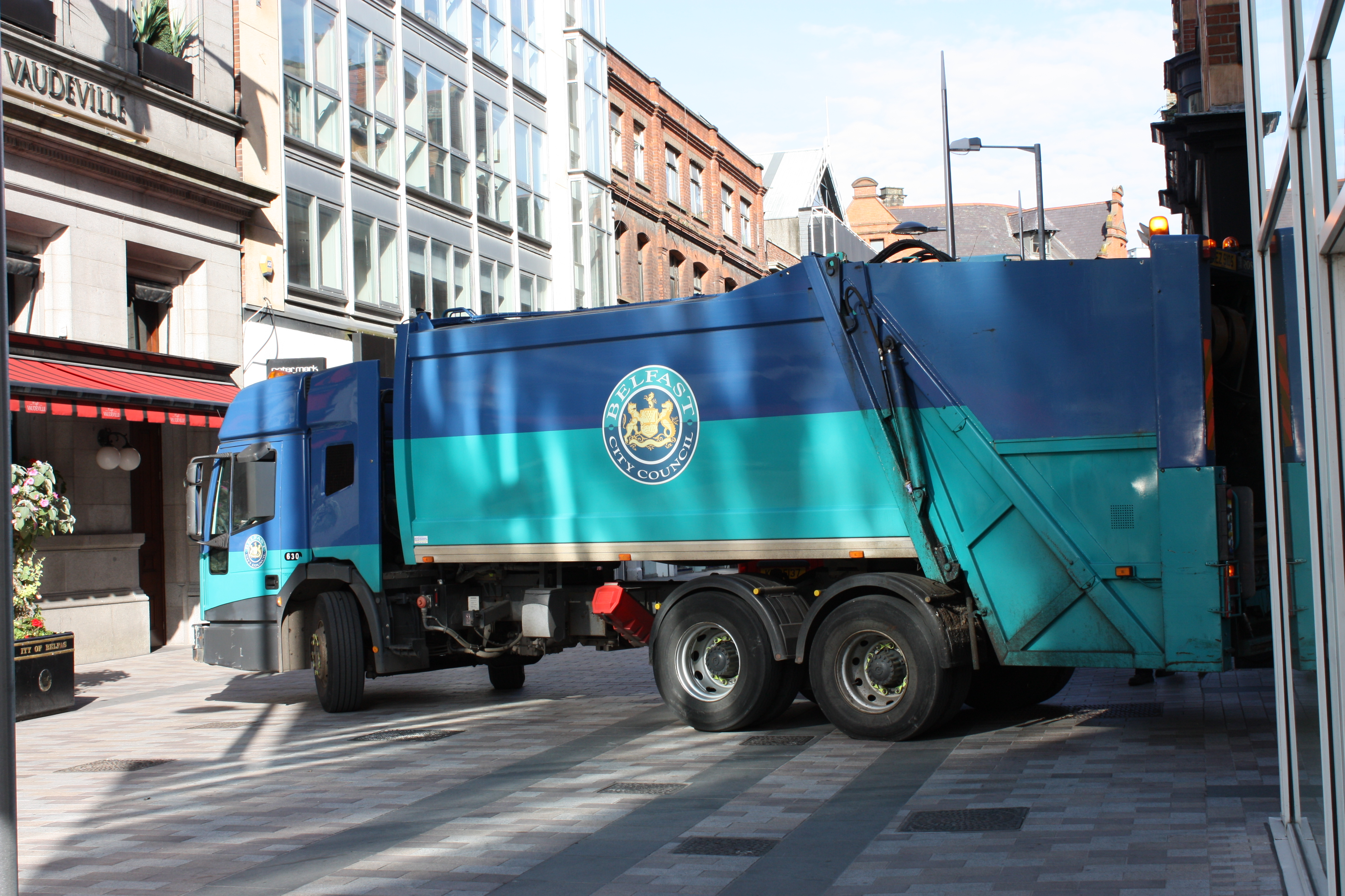 Belfast City Council Constantly Barking Dog