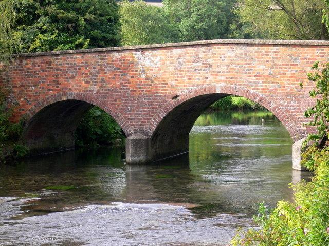 Bridge at Mildenhall - geograph.org.uk - 511891