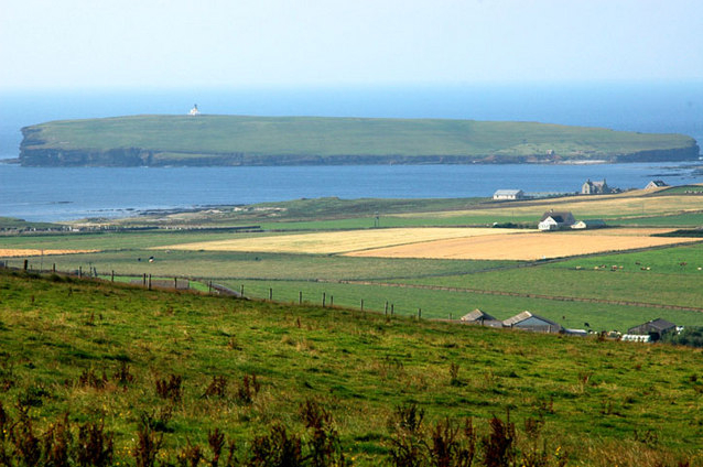 File:Brough of Birsay.jpg