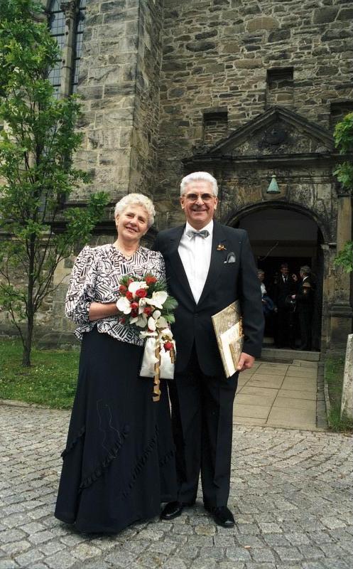 25 jaar getrouwd wiki Huwelijksverjaardag   Wikipedia 25 jaar getrouwd wiki