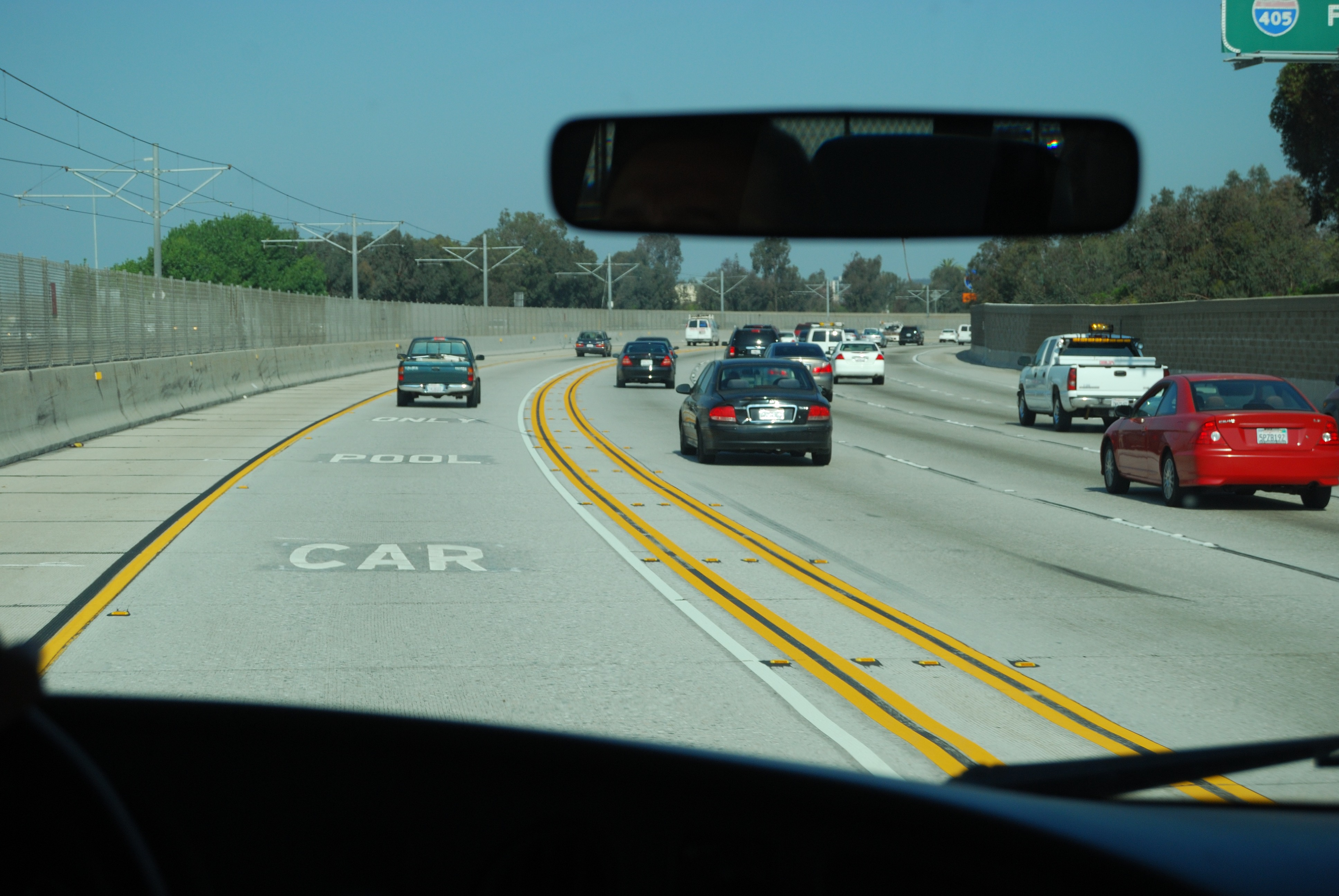 File:Car pool only lane.JPG - Wikimedia Commons