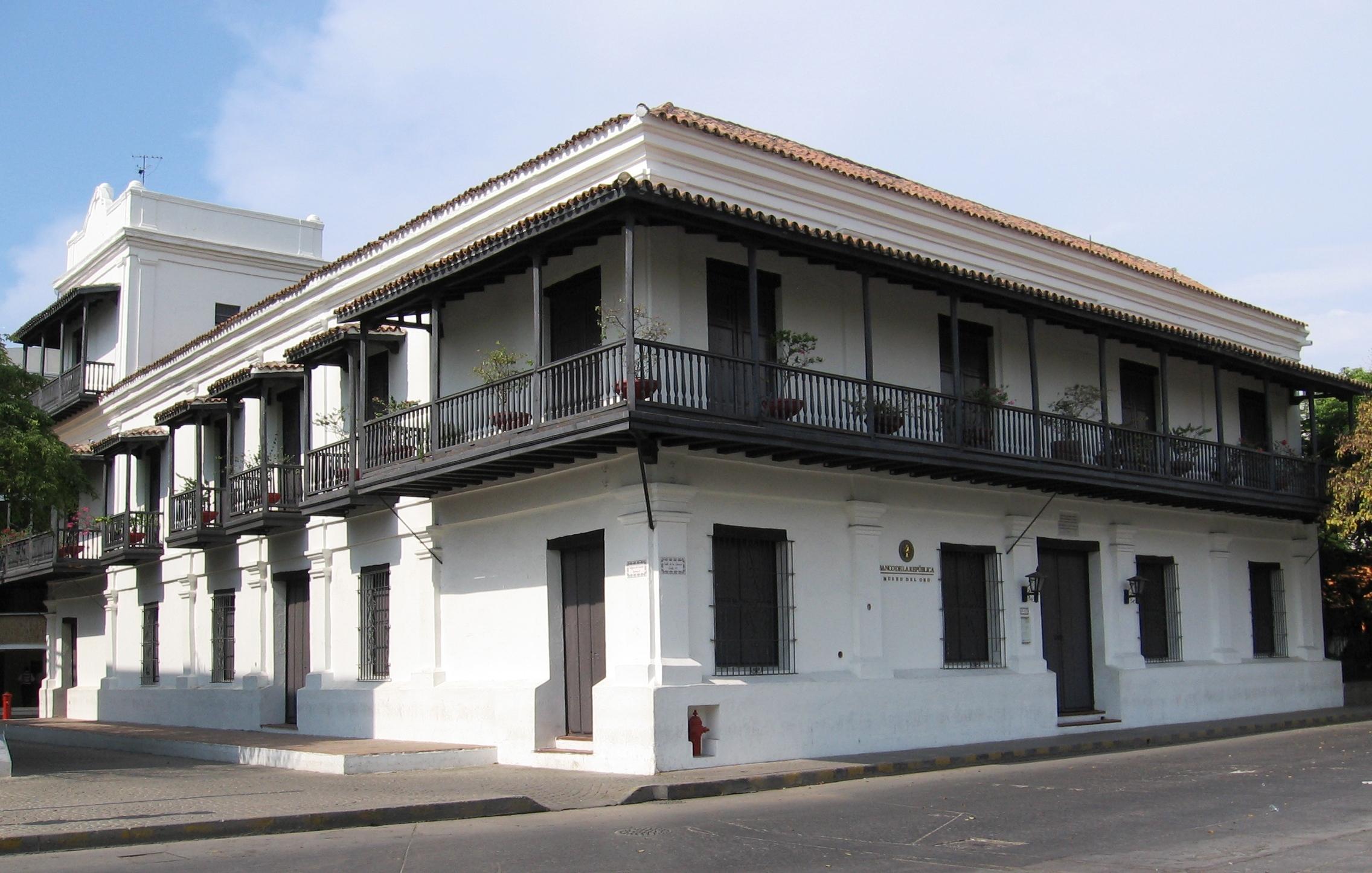 File casa de la aduana colombia jpg for Casa colombia