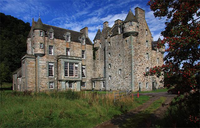 Castle Menzies - geograph.org.uk - 968717.jpg