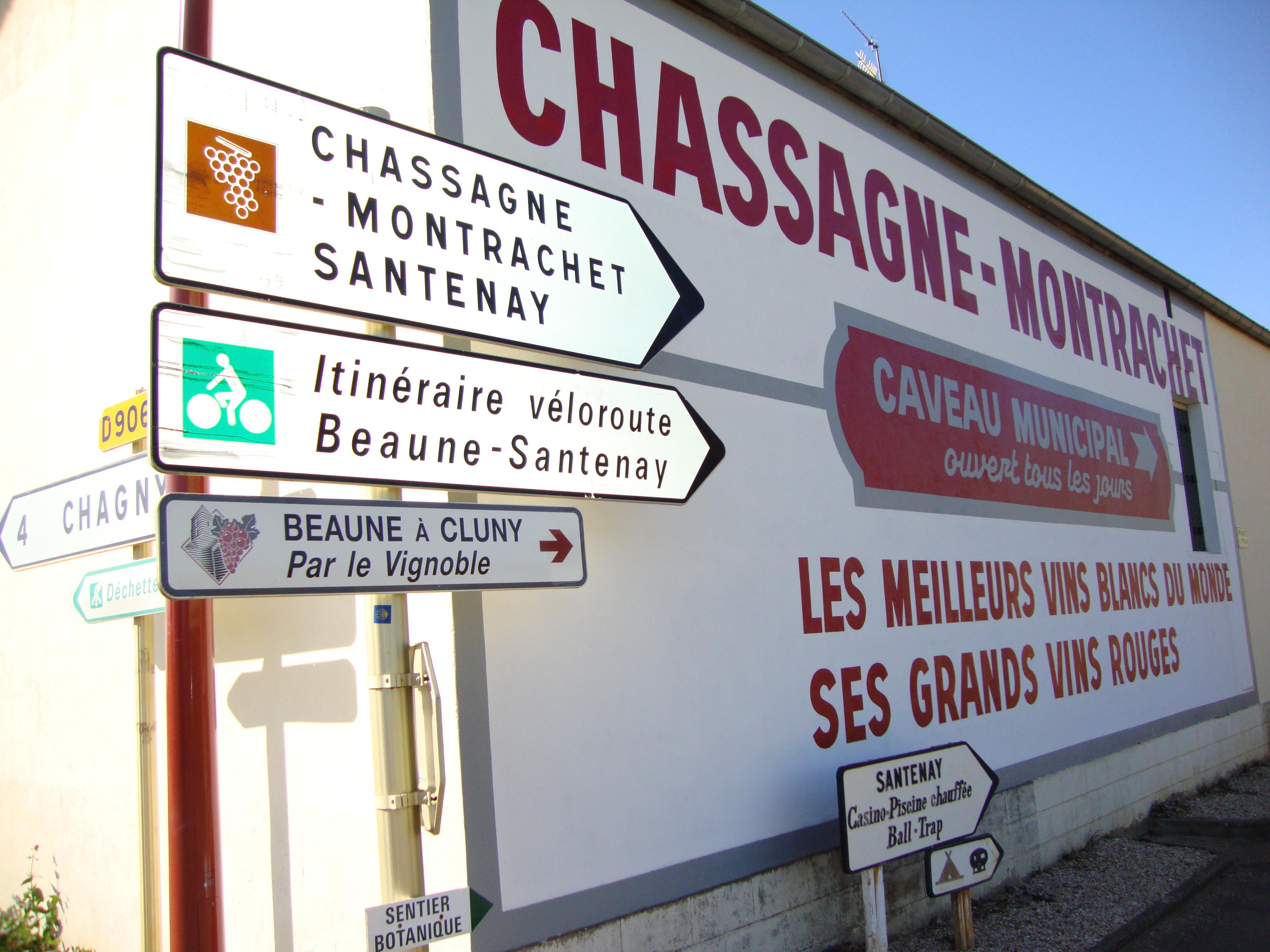 File:Chassagne-Montrachet (Côte d'Or, Fr) signalisations vin, vélo ...