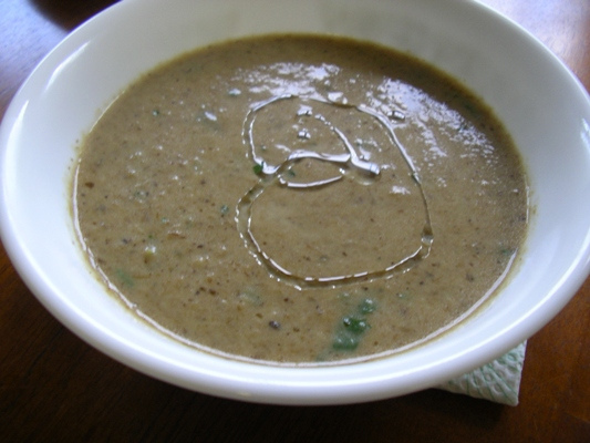 File:Cream of wild mushroom soup.jpg - Wikipedia, the free ...