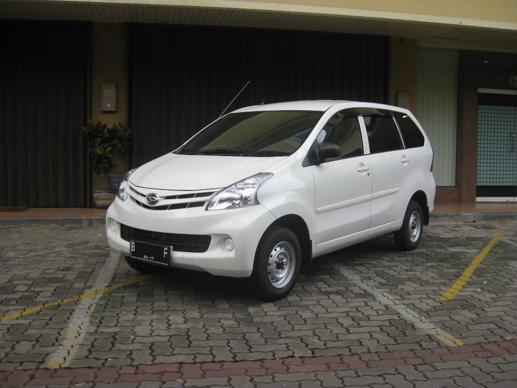Daihatsu Xenia LI 1000 cc Specifications | cars figure
