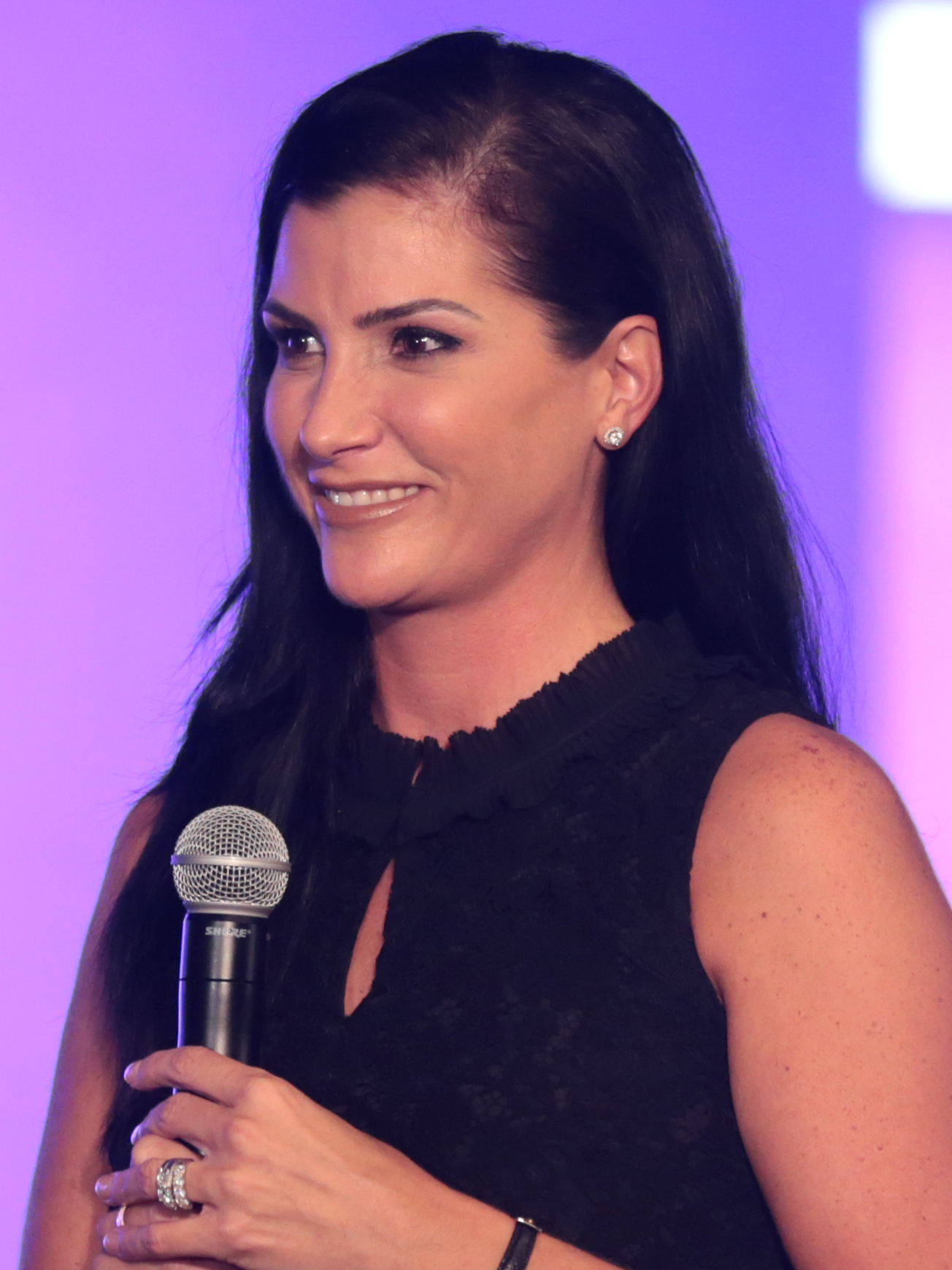 The 42-year old daughter of father (?) and mother(?) Dana Loesch in 2021 photo. Dana Loesch earned a 0.9 million dollar salary - leaving the net worth at  million in 2021