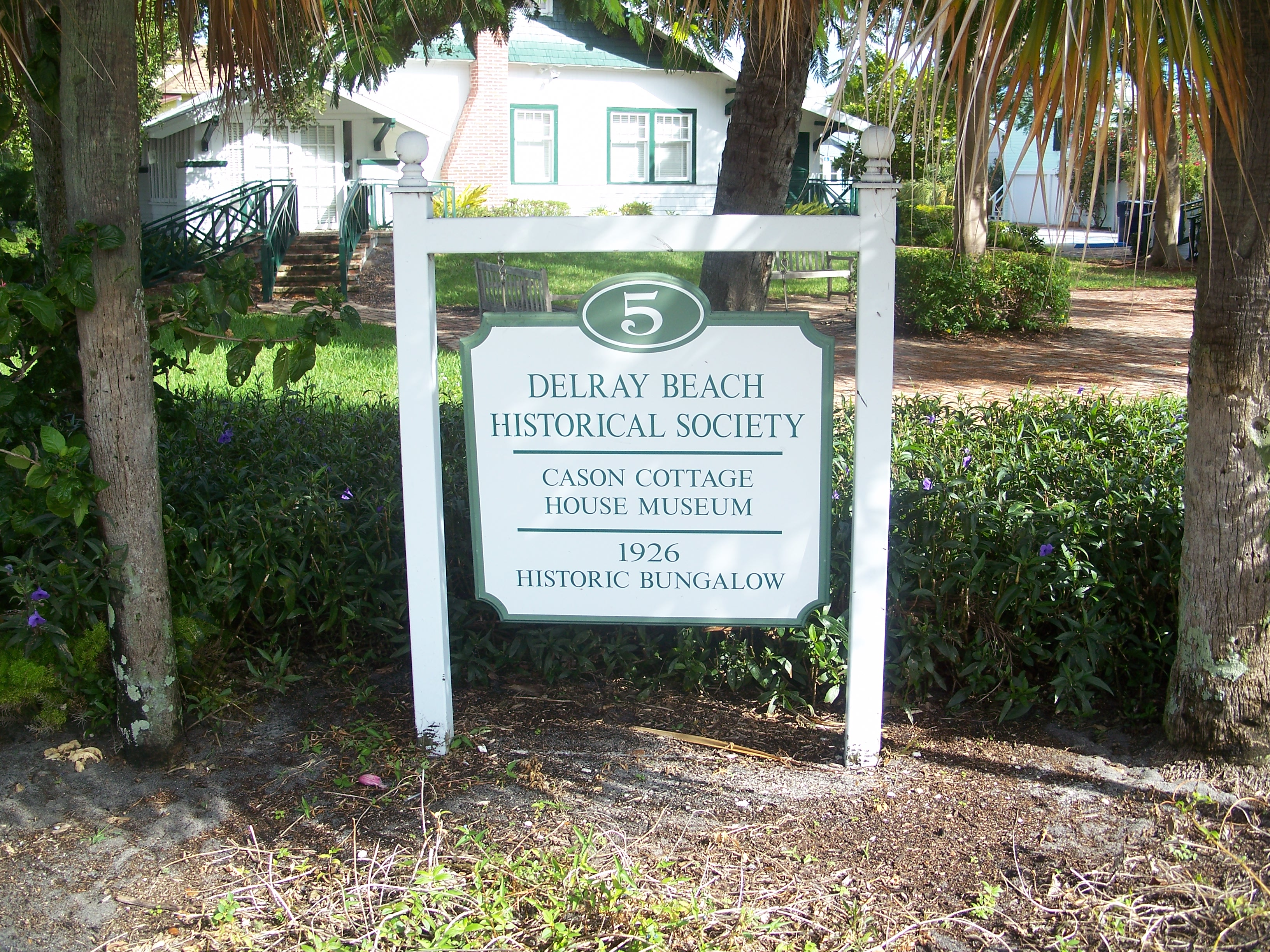 Trolley_Tour_of_Historic_Delray_Beach