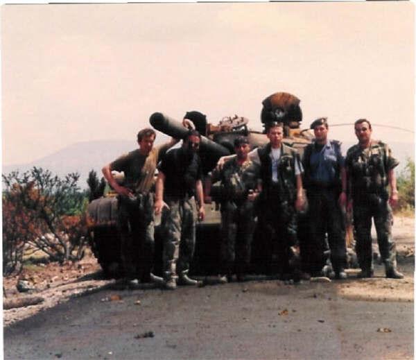 Fotke ZNG,MUP-a,Domobrana. Destroyed_tank_on_the_road_to_Drnis_2