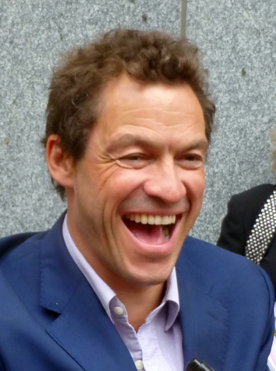 File Dominic West At The Premiere Of Pride 2014 Toronto Film Festival Cropped 2 Jpg Wikimedia Commons