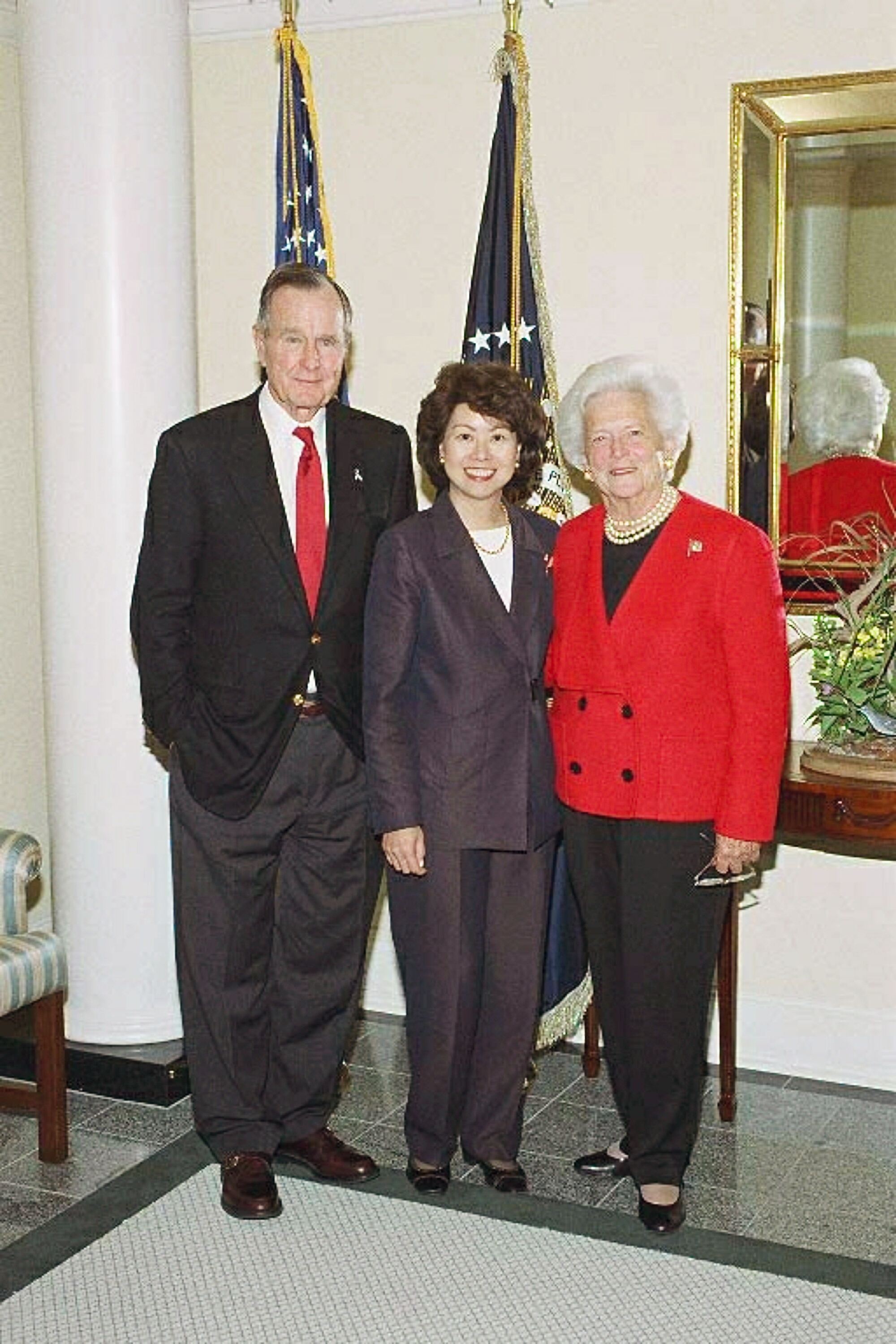 File Elaine Chao S Visit To The George H W Bush Presidential