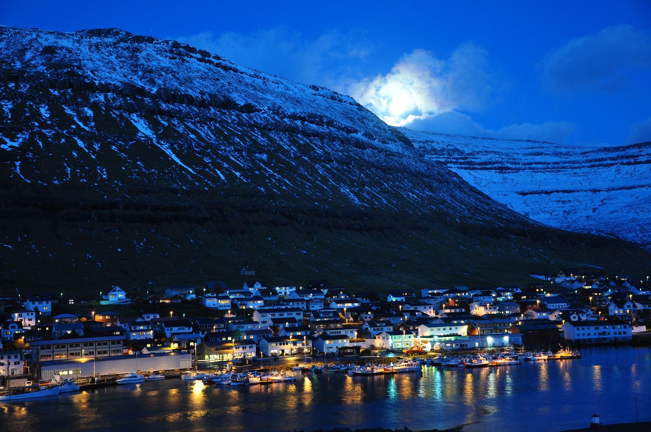 Farska Ostrva Faroe_Islands,_Bor%C3%B0oy,_Klaksv%C3%ADk_(1)