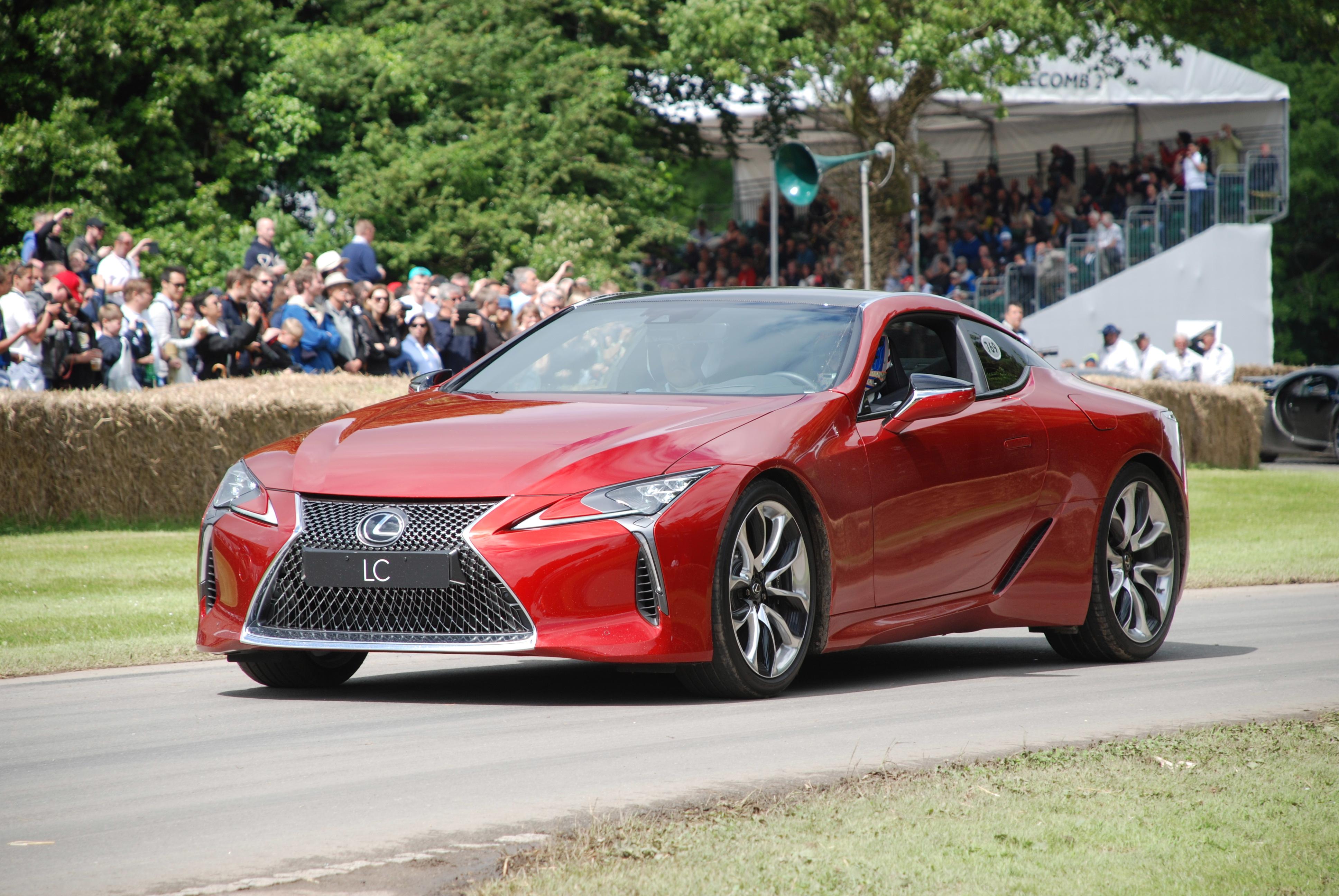 650 Koleksi Gambar Mobil Lexus Sport Gratis Terbaik