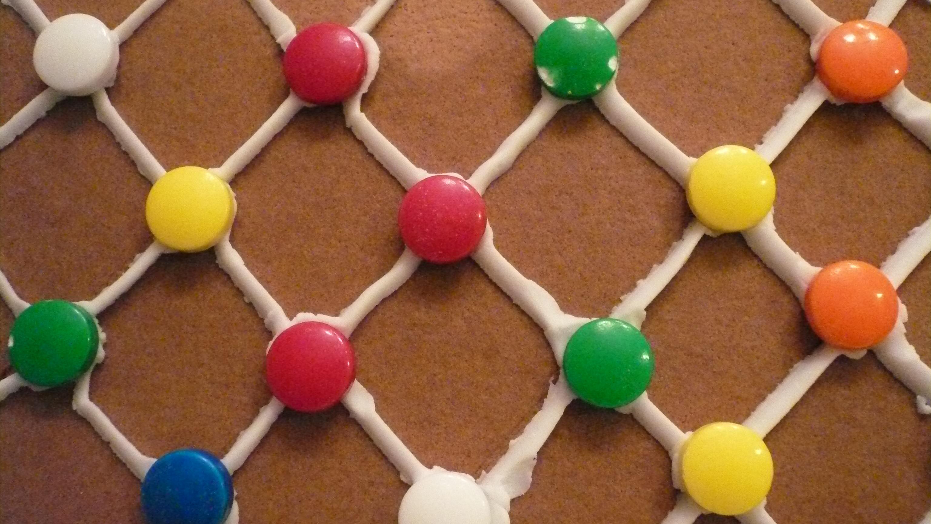 File gingerbread house lattice wall jpg wikimedia commons