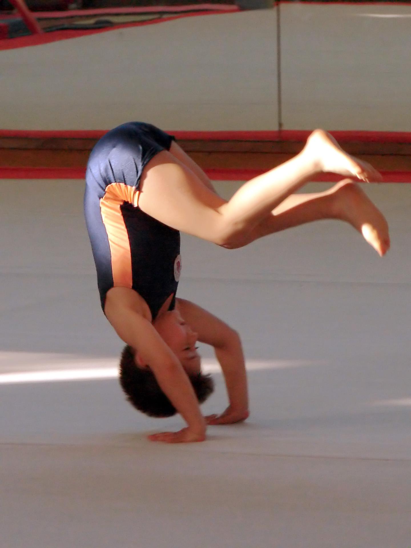 Image forward roll jpg gymnastics wiki - Image Forward Roll Jpg Gymnastics Wiki 0