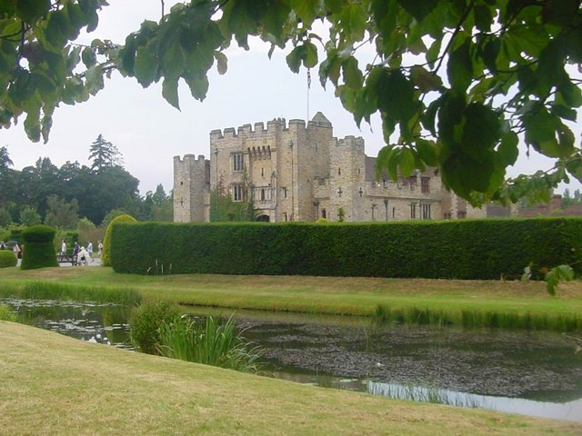 Hever Castle - geograph.org.uk - 912988