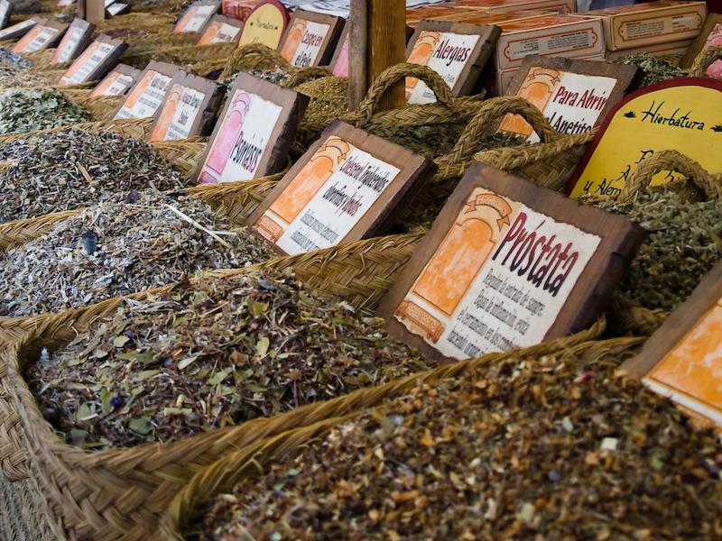 Hierbas medicinales mercado medieval