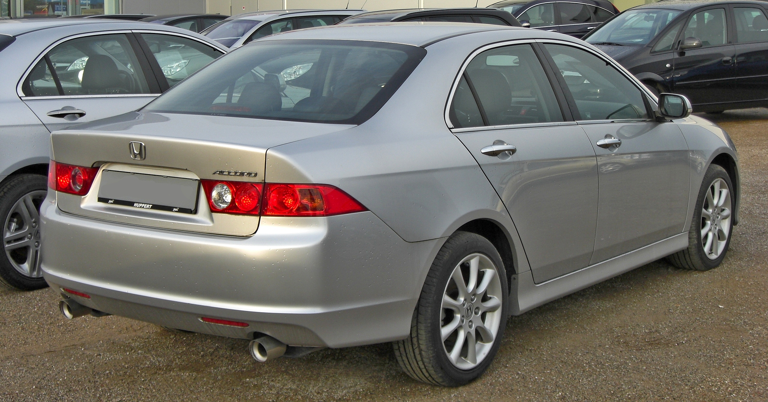 File:Honda Accord 2.4i Facelift rear-1.JPG - Wikimedia Commons