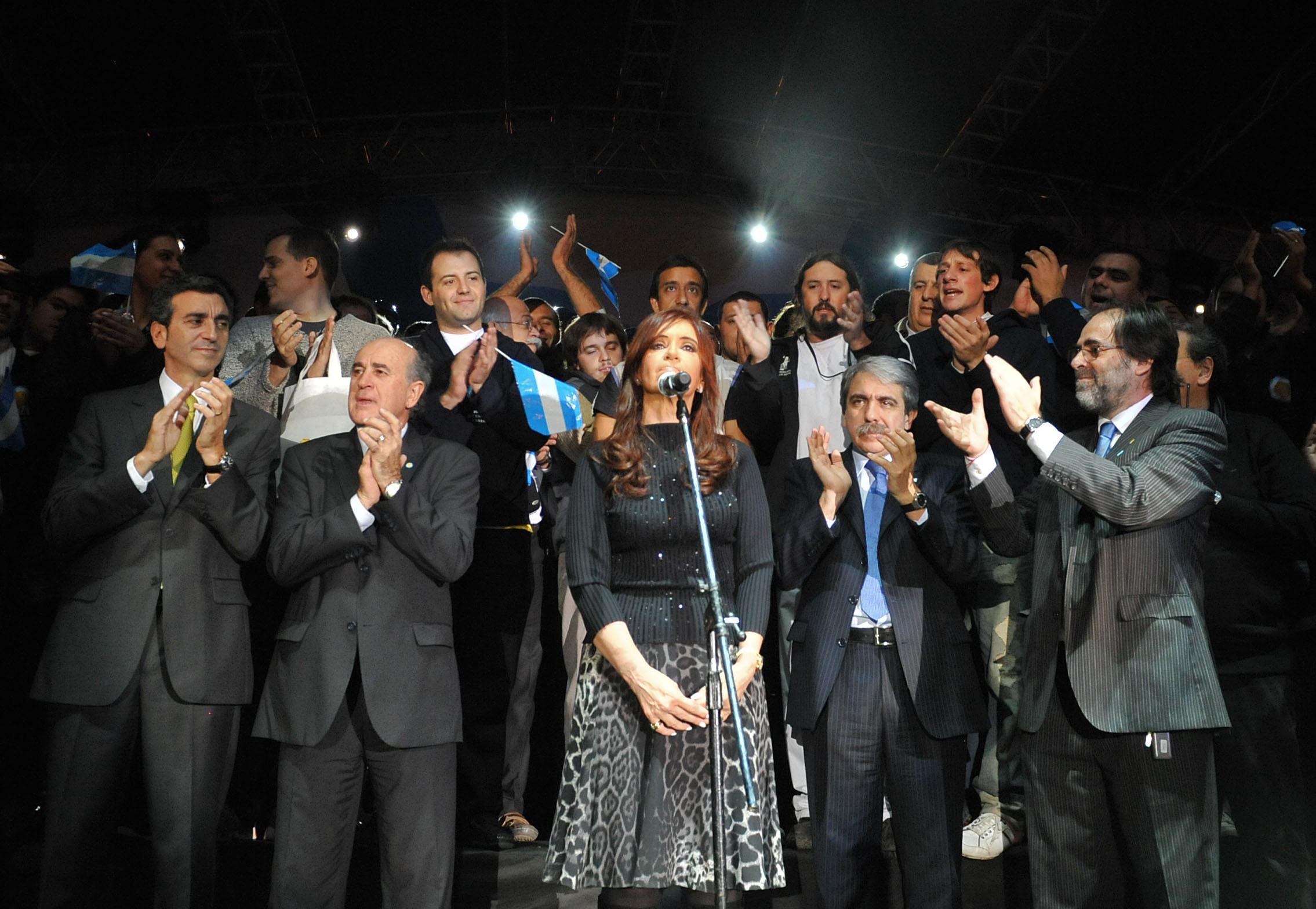 Resultado de imagen para bicentenario argentino 2010