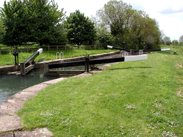 Last Lock on the Pocklington Canal - geograph.org.uk - 279084