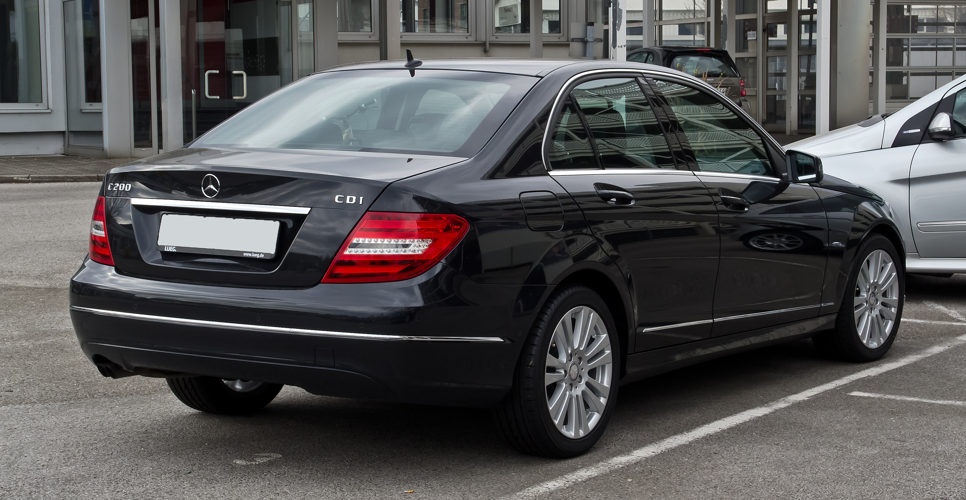 file mercedes benz c 200 cdi blueefficiency elegance w 204 facelift heckansicht 1 april. Black Bedroom Furniture Sets. Home Design Ideas