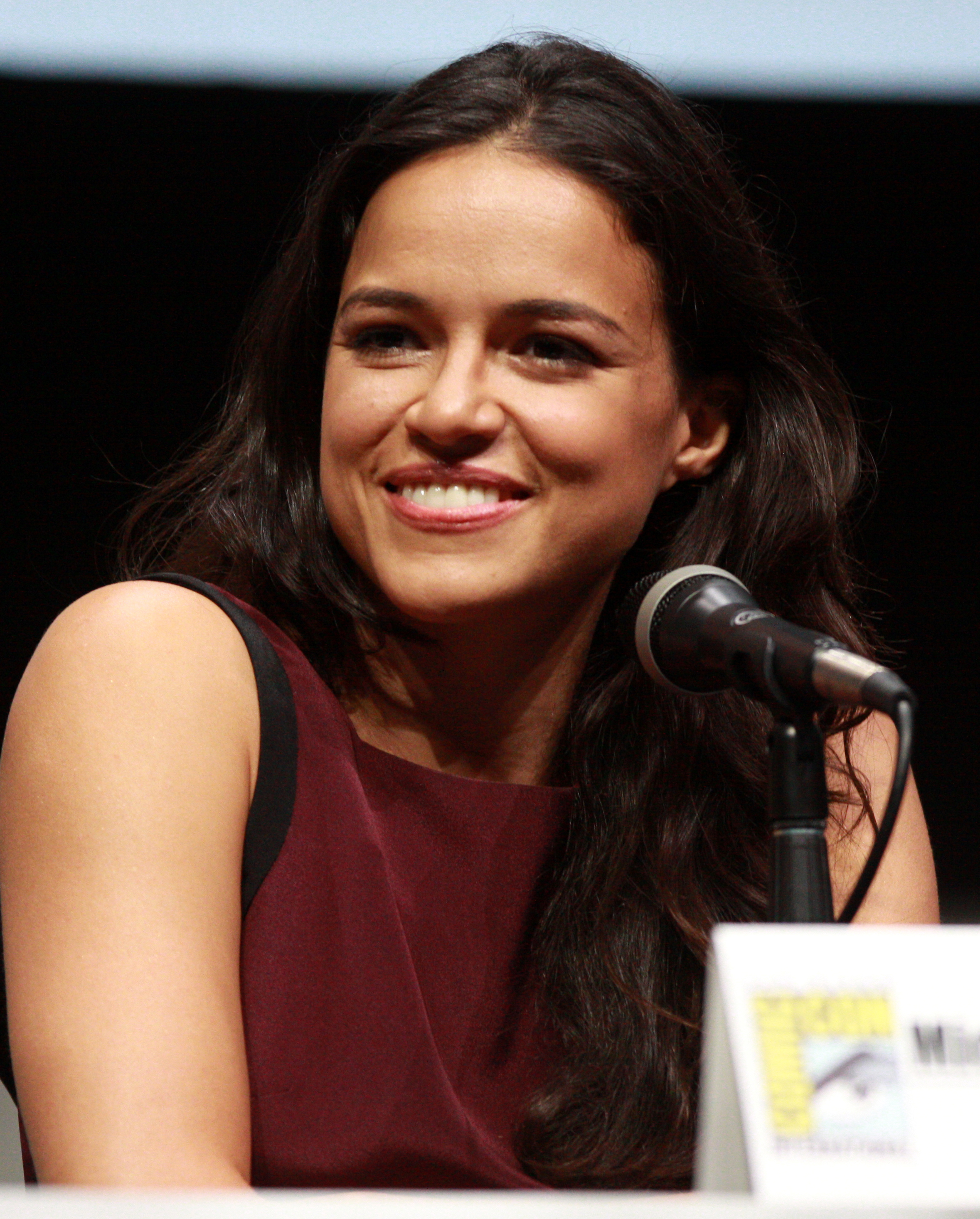 Michelle Rodriguez Nude Photos 78