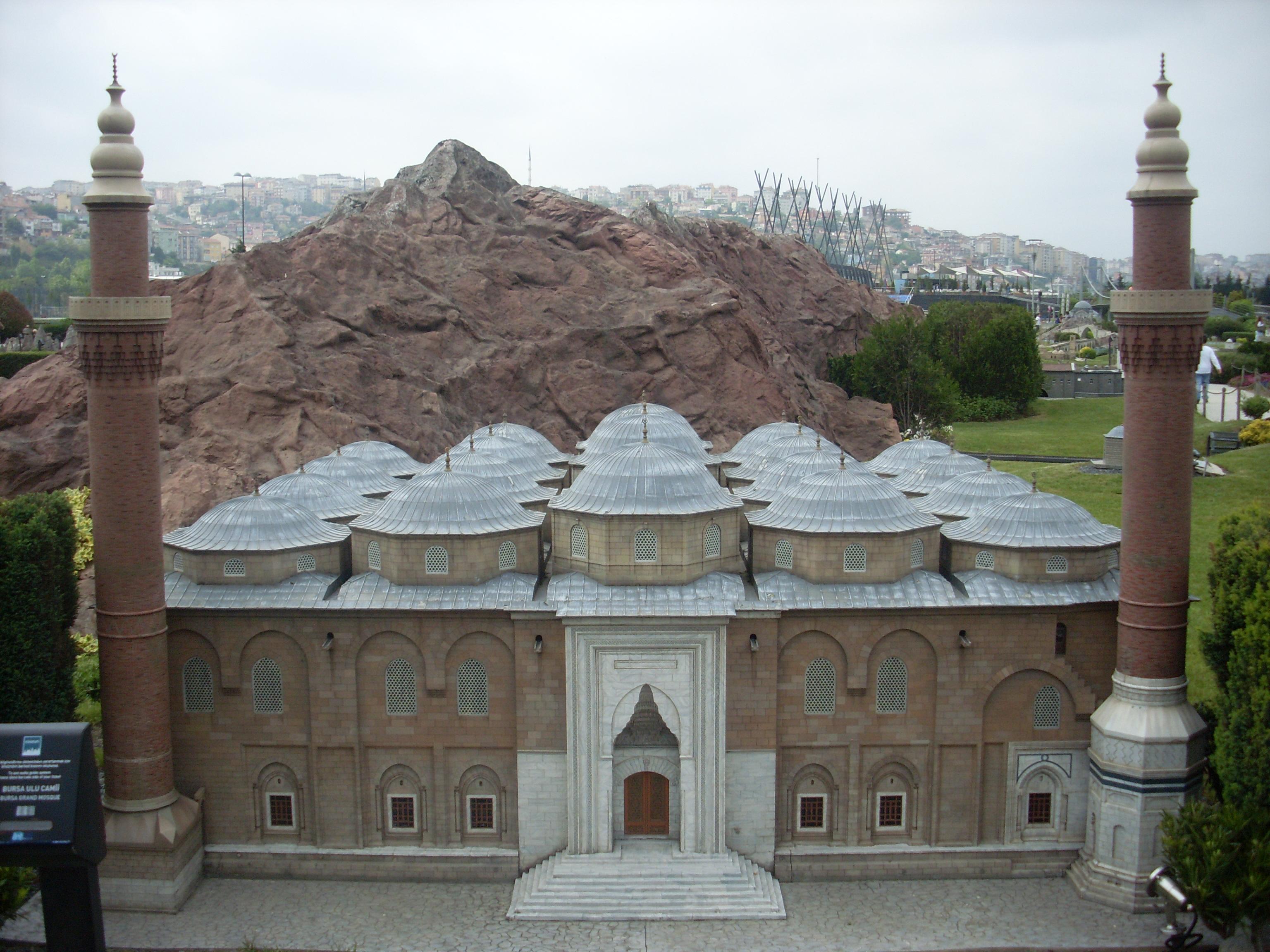 File:Miniaturk Bursa Ulu Cami - Bursa Grand Mosque.JPG ...