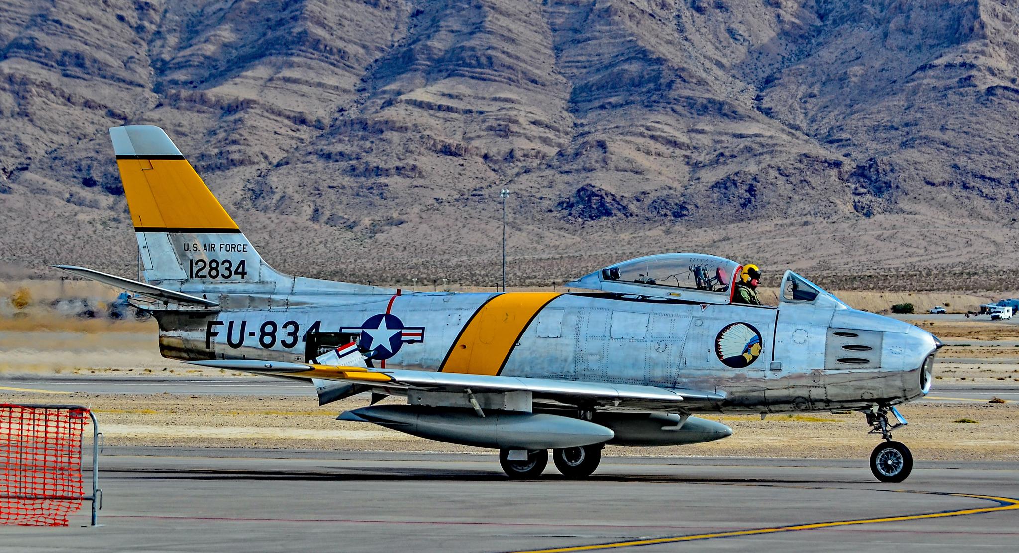 File:N186AM 1952 North American F-86F Sabre C-N 191-708 FU-