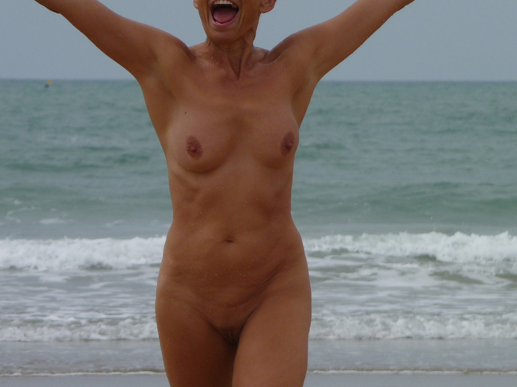 Nudism photos well