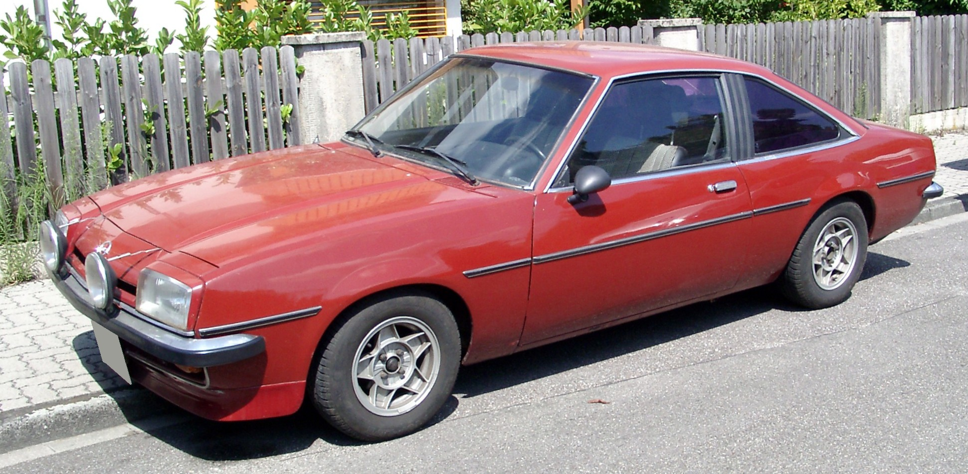 What If Opel Resurrected The Manta Coupe Would It Make For An Kadett B Wiring Diagram Https Uploadwikimediaorg Wikipedia Commons 8 8d Front 20080723