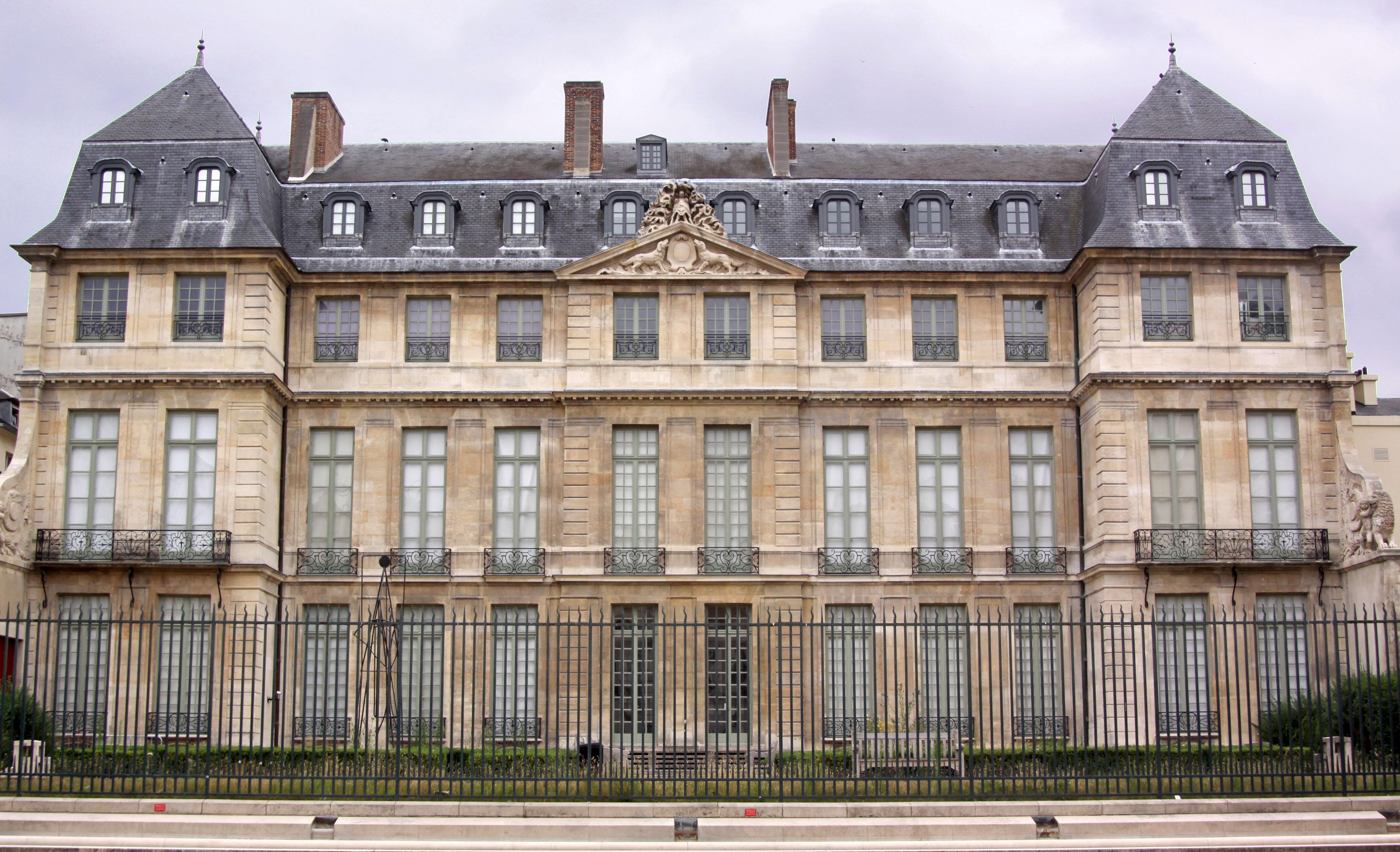 Hotel Paris Musee Grevin