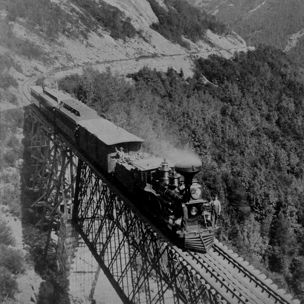 File:Pass of the Crawford Notch And Train jpg - Wikimedia