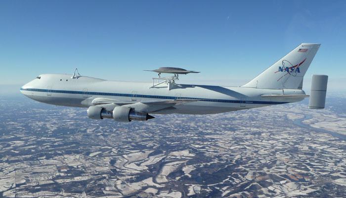 http://upload.wikimedia.org/wikipedia/commons/8/8d/Phantom_Ray_UCAV_on_the_Shuttle_Carrier_Aircraft.jpg