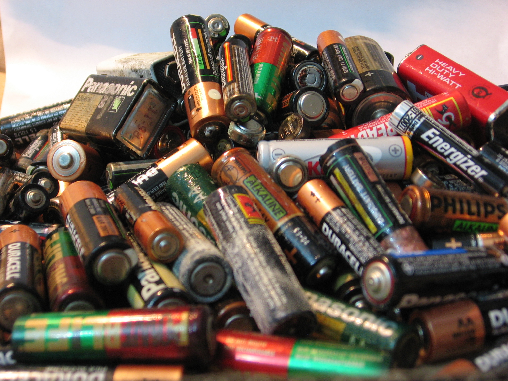 We may expect batteries to last for days, but they all wear out eventually. How quickly, however, is something we can control.