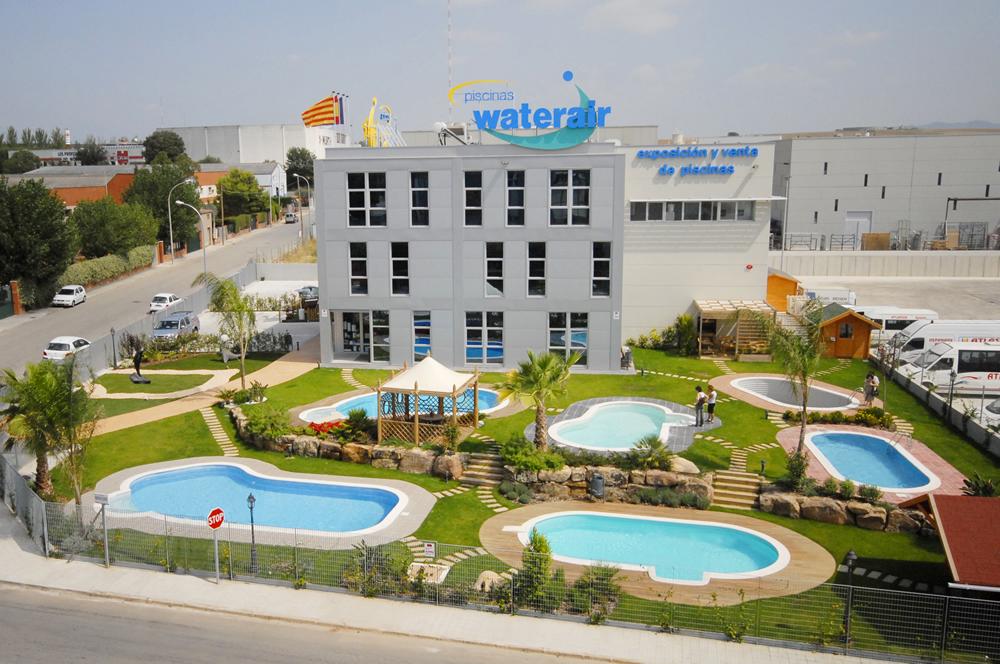 File piscinas waterair wikimedia commons for Piscinas gratis barcelona