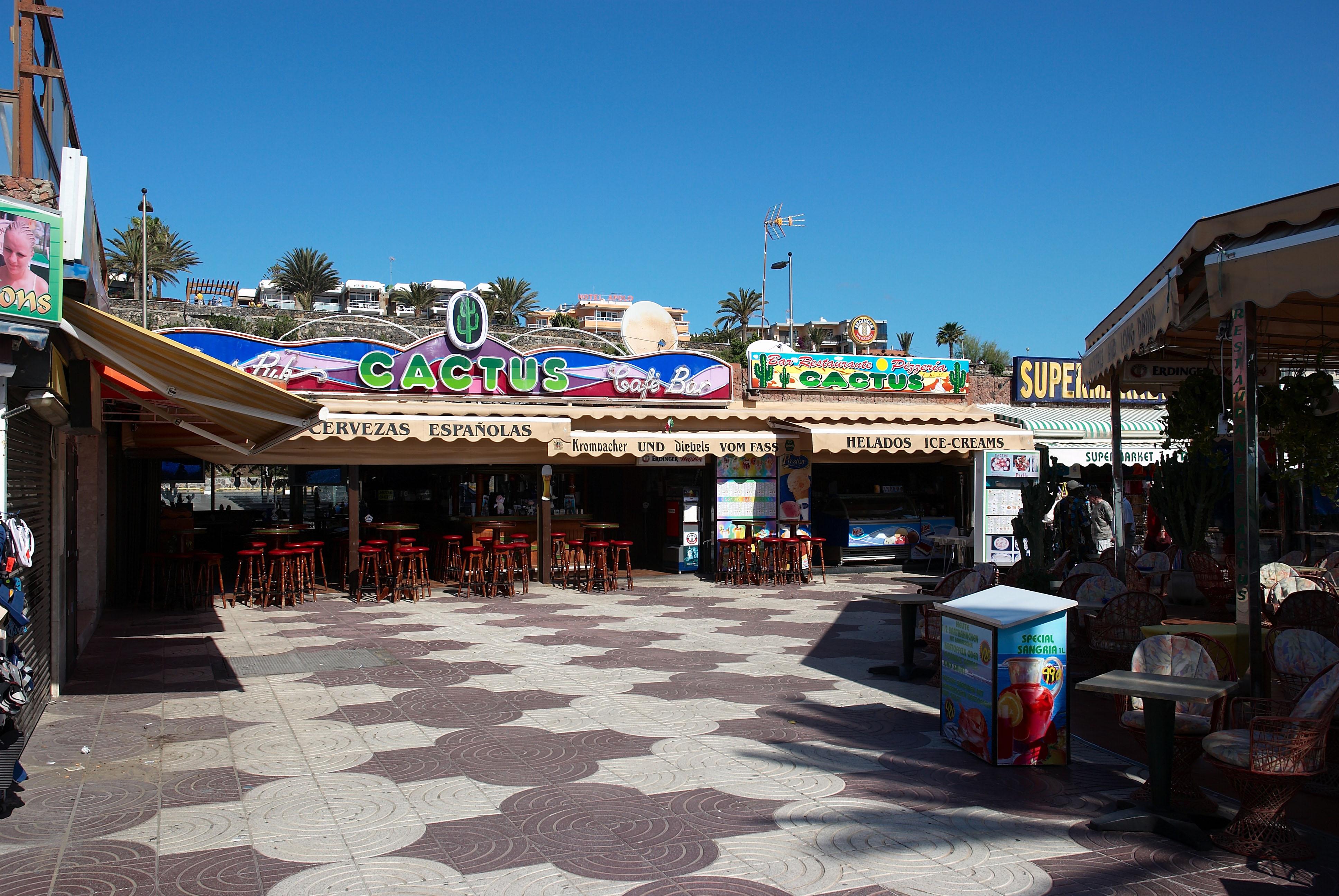 Playa Del Ingles Free Wifi Cafe Paris Anexo