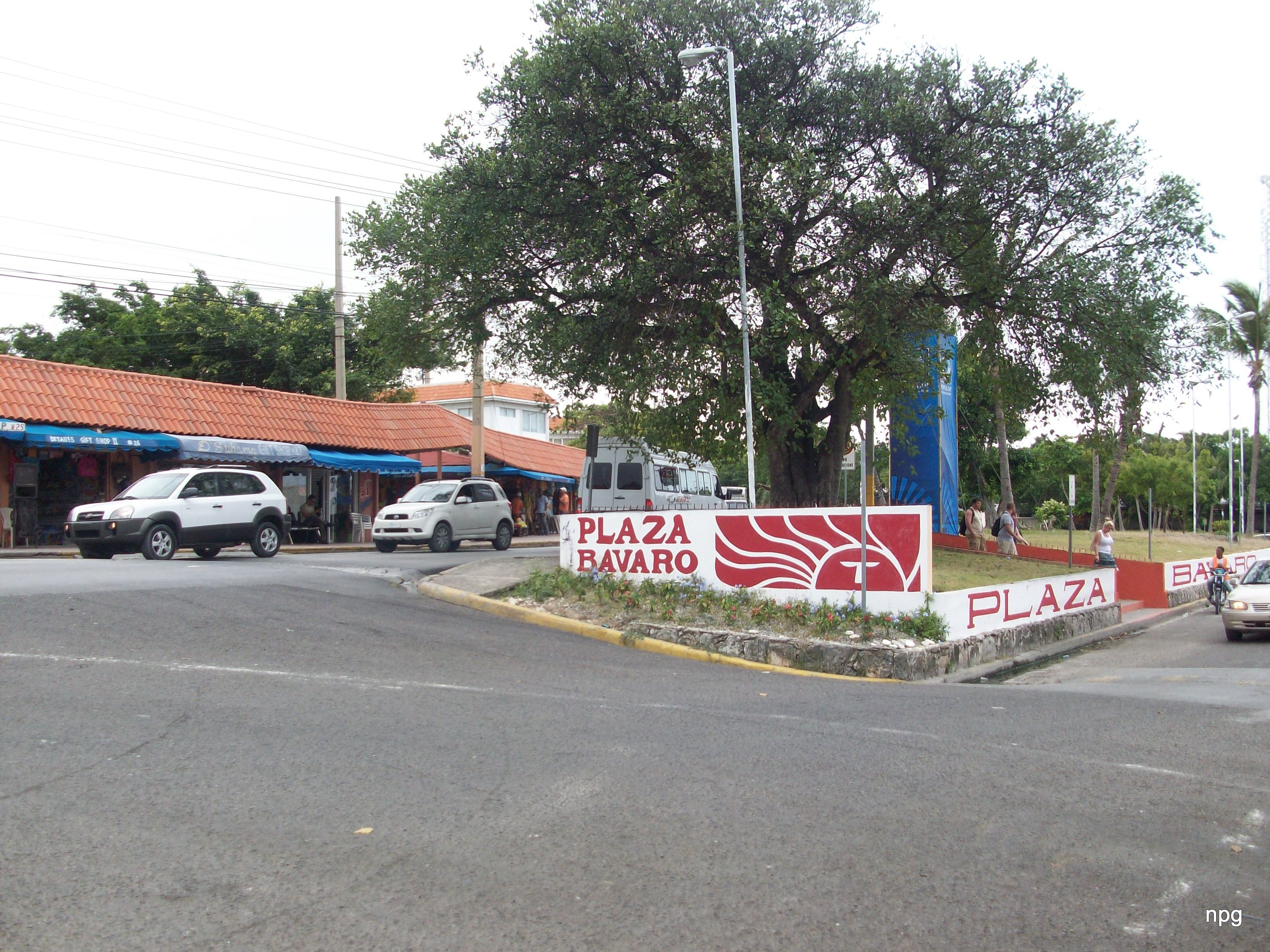 File Plaza Bávaro Punta Cana República Dominicana Panoramio Jpg Wikimedia Commons