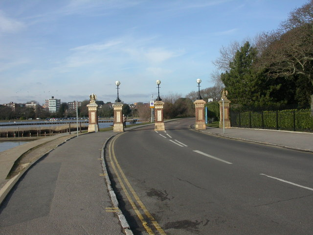 Poole Park, Whitecliff Road - geograph.org.uk - 1161369