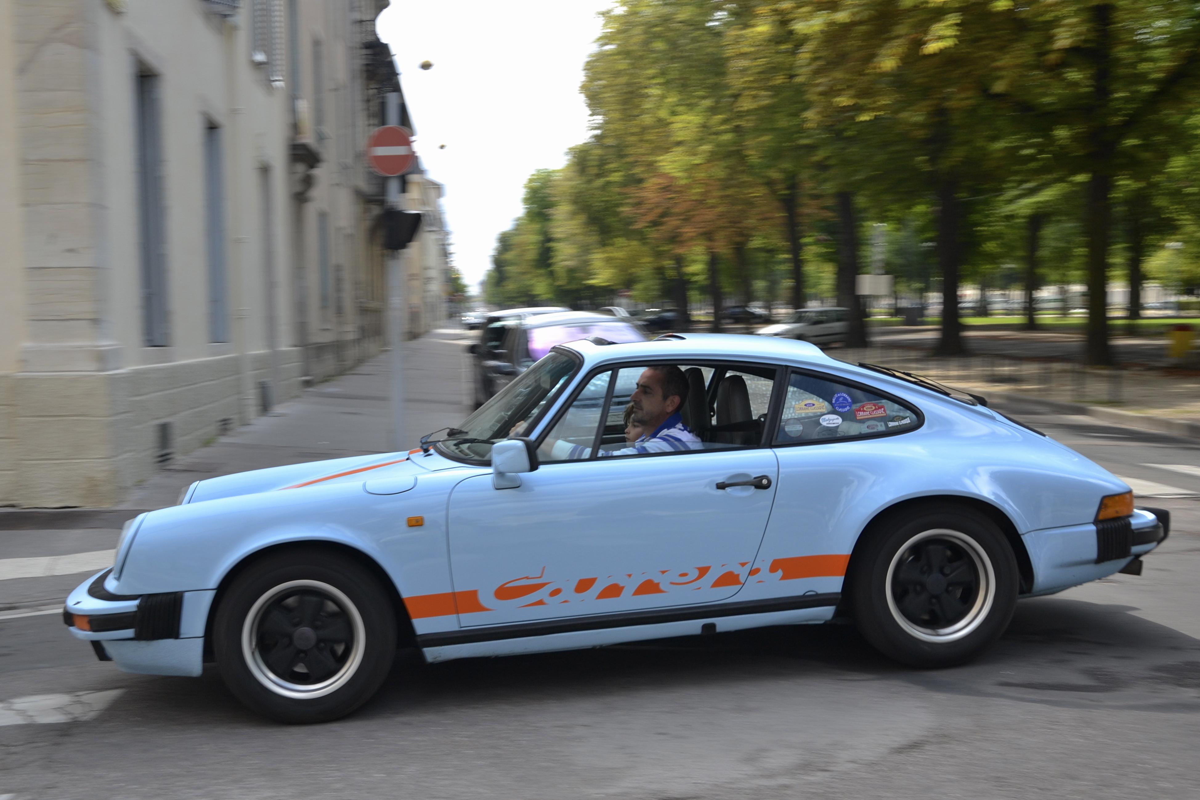File Porsche 911 G Series Carrera Coupe Gulf Colors