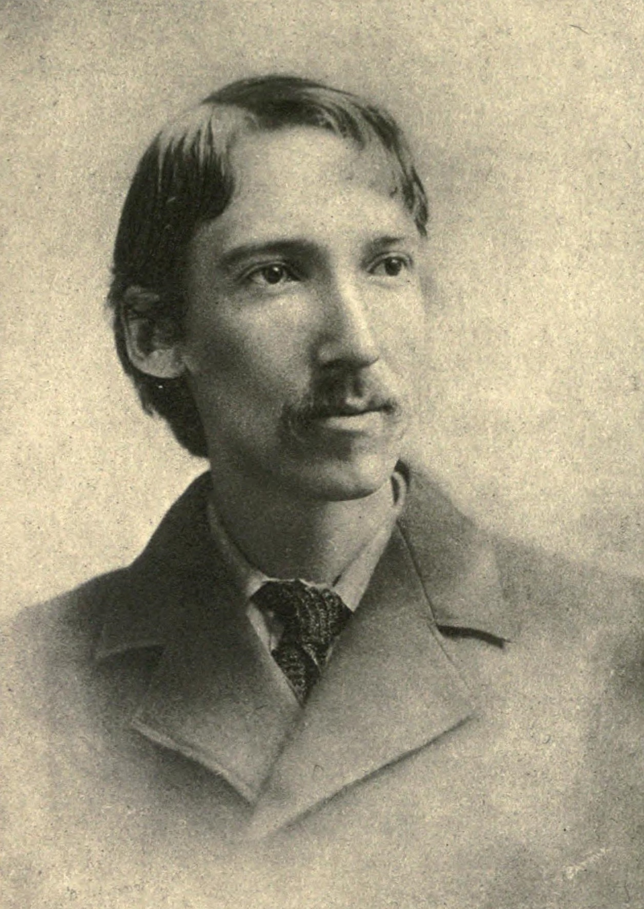 robert louis stevenson Robert louis balfour stevenson was born at edinburgh, scotland, on november 13, 1850 he was a sickly youth, and an only son, for whom his parents had high hope.