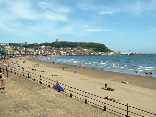 Scarborough South Sands - geograph.org.uk - 871524