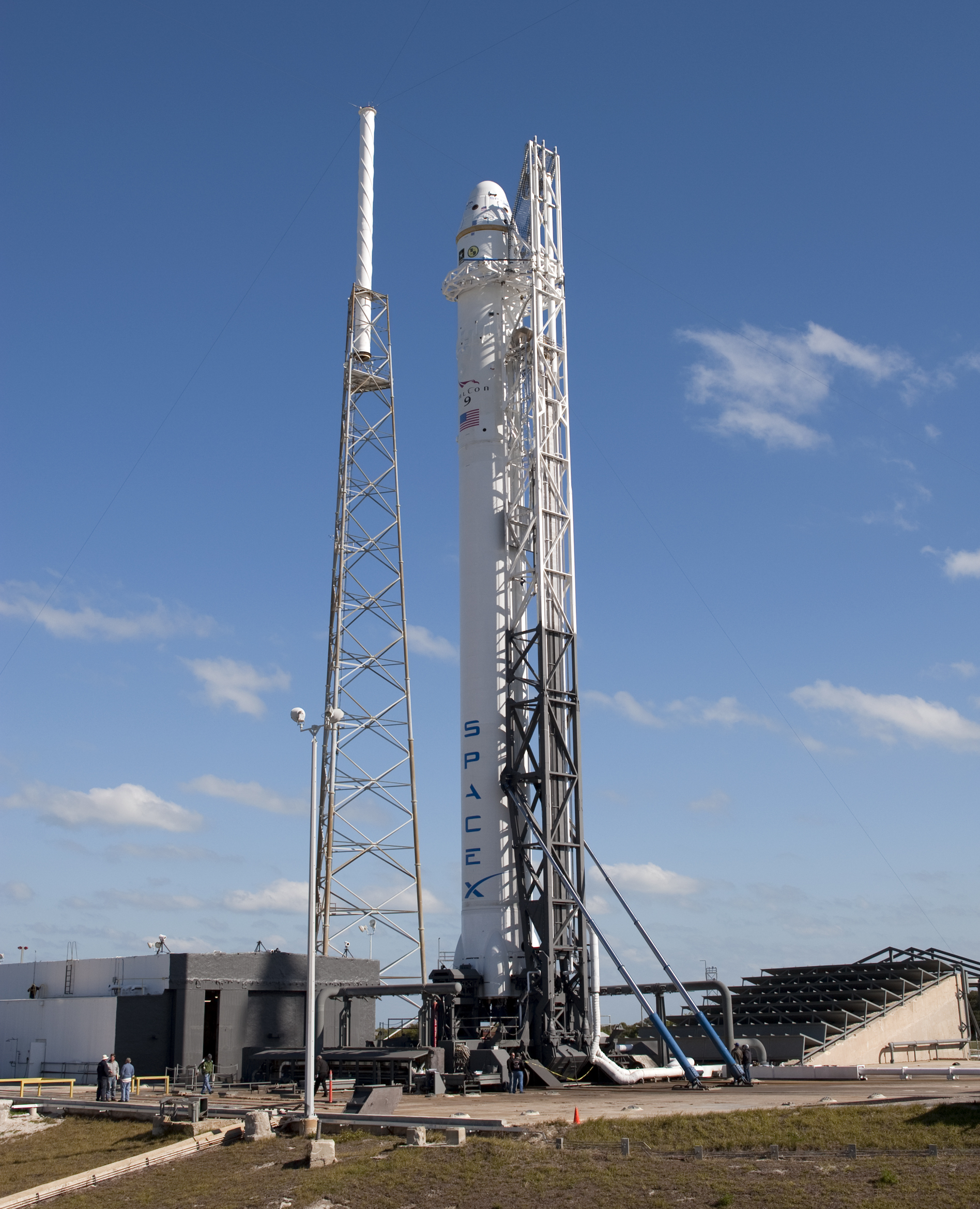 SpaceX Falcon 9 (page 2) - Pics about space