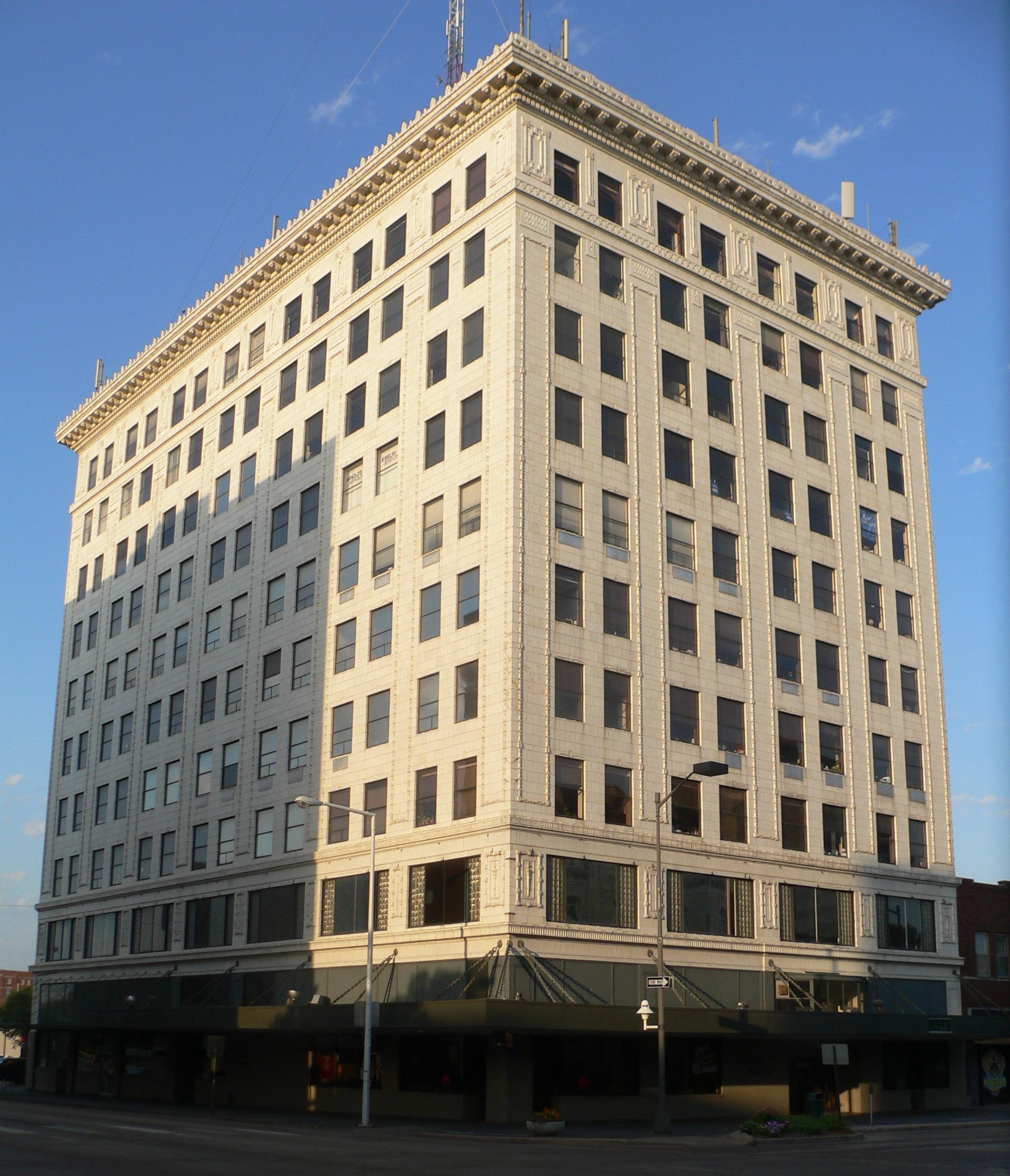 Lincoln Ne Apartments: File:Terminal Building (Lincoln, Nebraska) From NE 1.JPG