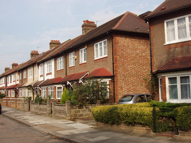 File terraced houses eastbourne avenue acton geograph for Terraced house meaning