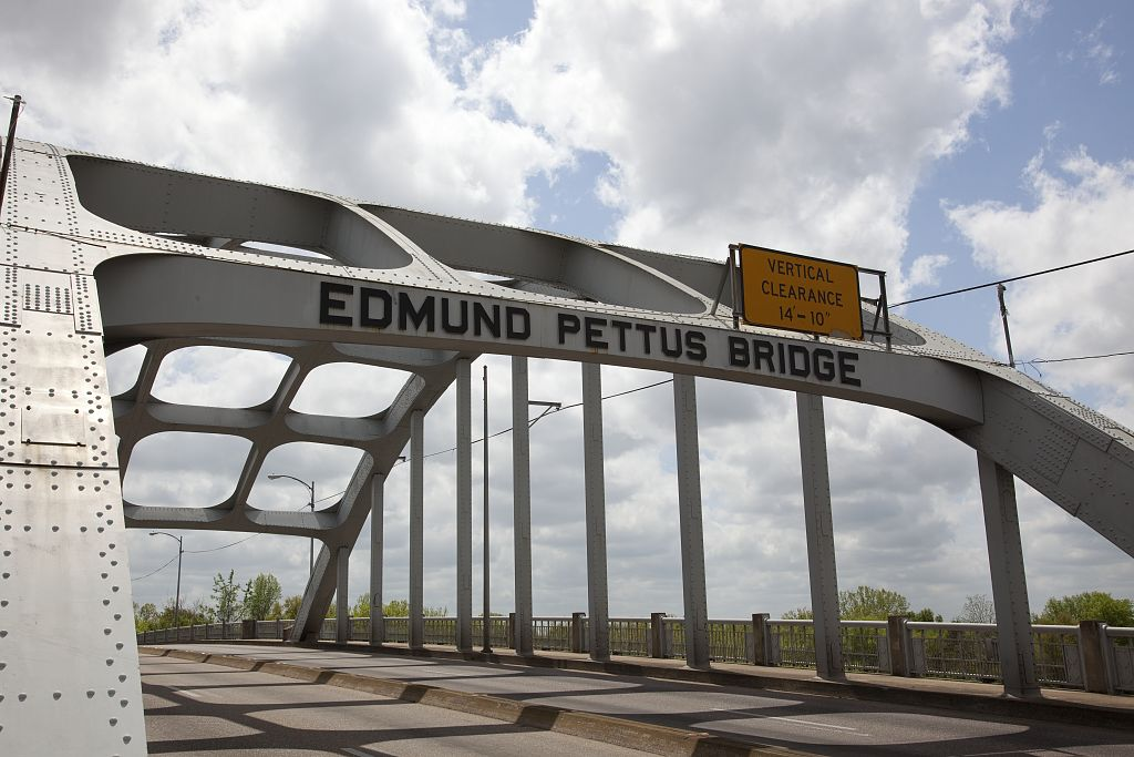 The Edmund Pettus Bridge 07326v.jpg